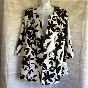 NWT Kasper Black & White Topper Jacket  Size 18W